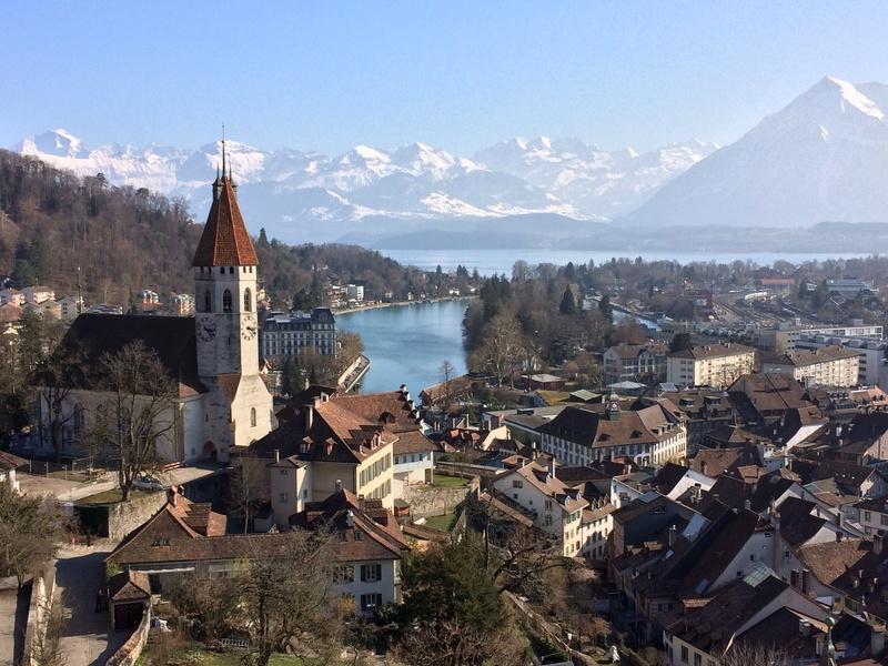 Blick vom Schloss Thun